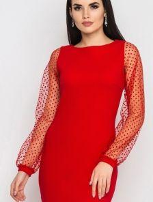 Красное платье-миди на длинный рукав