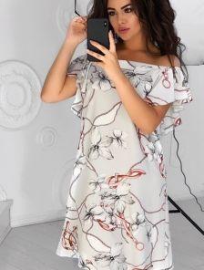 Летнее платье свободного кроя с принтом