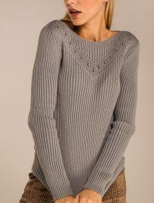 Серый облегающий свитер на длинный рукав с бусинками на узоре