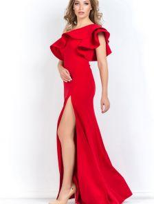 Длинное красное платье на одно плечо с рюшей и разрезом по ножке