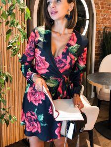 Короткое черное шелковое платье с цветами на длинный рукав