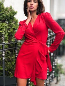 Красное мини платье с запахом на длинный рукав