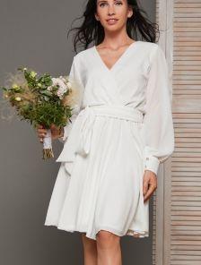 Нарядное короткое белое платье на девичник