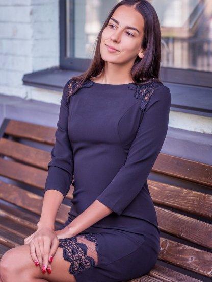 Черное короткое платье футляр с кружевом, фото 1