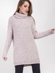 Теплый свободний свитер крупной вязки с горловиной