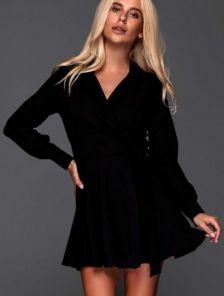 Черное короткое платье с пышной юбкой на запах