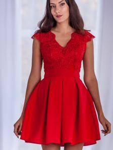 Короткое красное пышное коктейльное платье