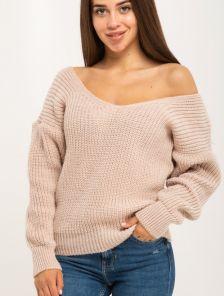 Бежевый вязаный теплый свитер со спущенным верхом