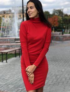"""Платье красного цвета с рукавами """"летучая мышь"""""""