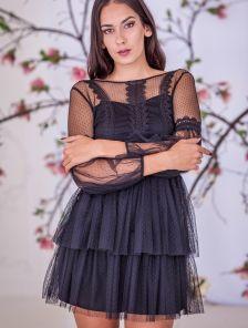 Черное нарядное платье со вставками кружева и длинным рукавом