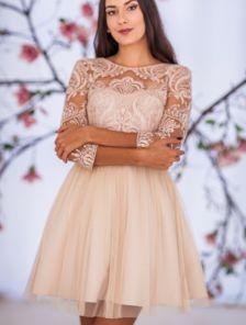 Короткое бежевое пышное коктейльное платье с сеткой и фатином