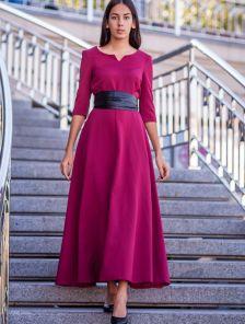Бордовое длинное платье с поясом