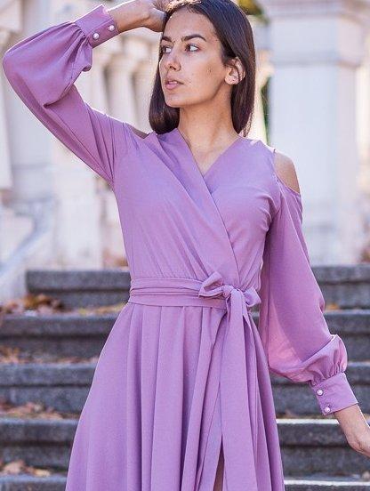 Нарядное светлое длинное платье с открытыми плечами на длинный рукав, фото 1
