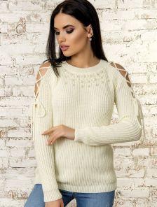 Молочный теплый женский свитер с завязками на плечах