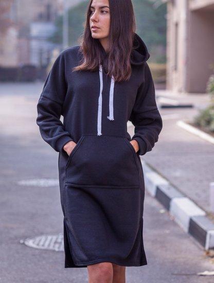 Черное женское теплое платье свободного кроя длины миди, фото 1