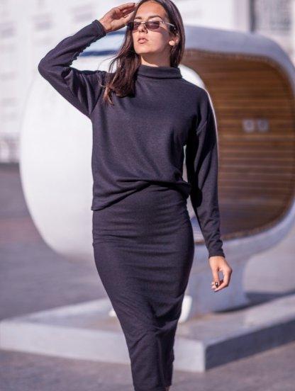 Черный теплый костюм с юбкой на работу или прогулку, фото 1