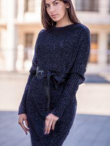 Теплое длинное вязаное платье черного цвета