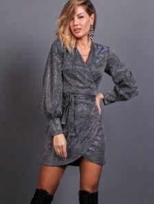 Нарядное короткое серое блестящее платье на запах