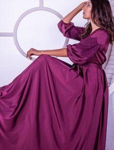 Длинное бордовое шелковое платье с запахом и рукавами