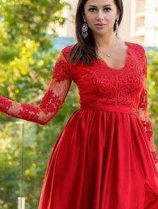 Вечернее красное длинное платье с прозрачной спиной