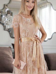 Бежевое коктейльное кружевное платье