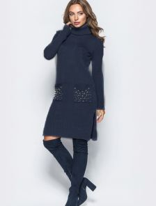 Черное теплое вязаное спортивное платье с бусинками на карманах